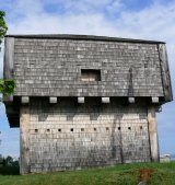 Many of the old towns have a historic blockhouse from the days of British rule.