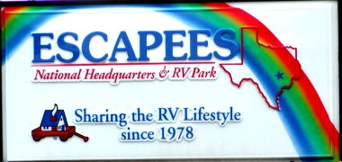 The sign at the entrance of Escapee's National Headquarters, Rainbow's End RV Park.