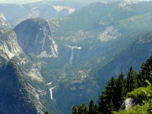 A view of Stairway Falls from the Glacier Point overlook.